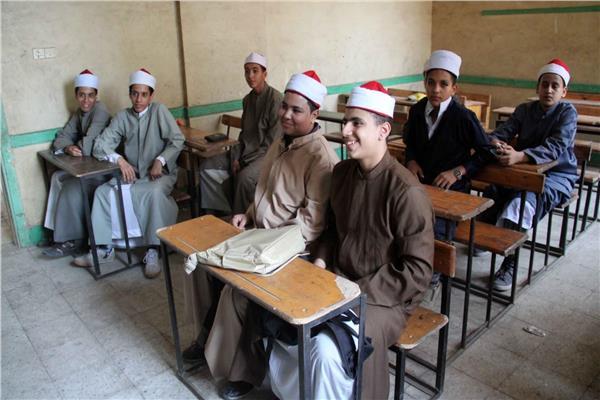 طلاب المعاهد الأزهرية
