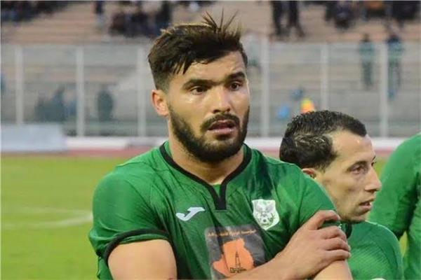 اللآعب الجزائري حسين بن عيادة