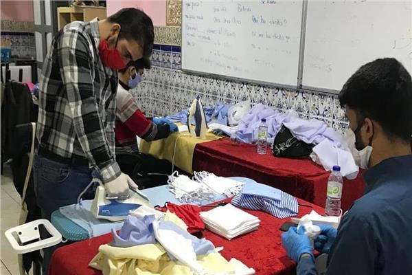 مبادرة مركز إسلامي لتوزيع كمامات طبية