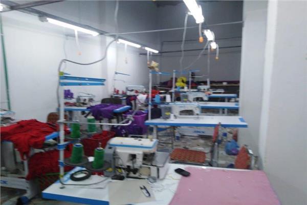 ضبط مخزنا للكمامات والمستلزمات الطبية في الإسكندرية