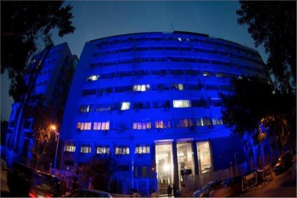 التضامن تضىء مبانيها باللون الأزرق احتفالاً باليوم العالمي للتوحد