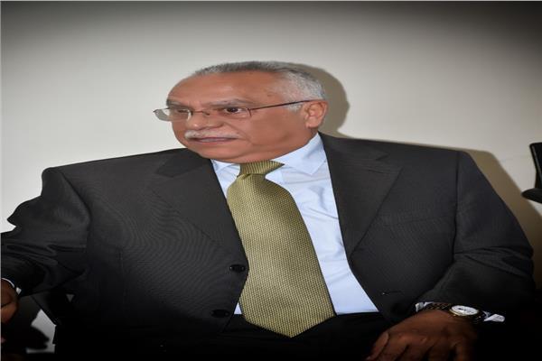السفير أشرف حربى، مساعد وزير الخارجية الأسبق