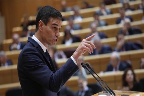 بيدرو سانشيث رئيس الحكومة أثناء إحدى الجلسات البرلمانية