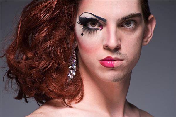 أنا ولد ولا بنت؟.. متحولون جنسيًا تحت رحمة الهرمونات