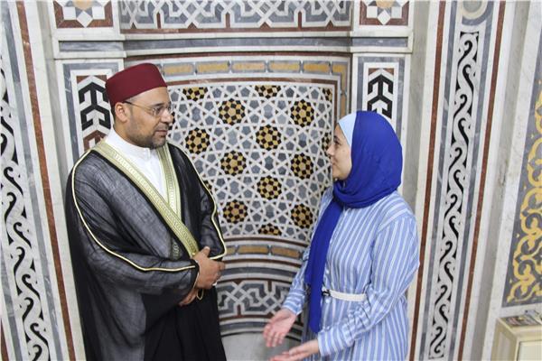 محررة البوابة مع  الشيخ محمود الأبيدي