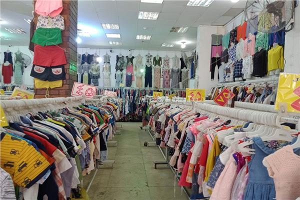 لأول مرة الوكالة «خالية» في العيد.. «كورونا» يصيب الملابس بالركود