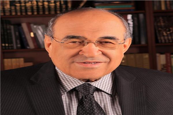 د.مصطفى الفقي مدير مكتبة الإسكندرية