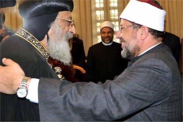 البابا تواضروس يهنيء وزير الأوقاف بعيد الفطر