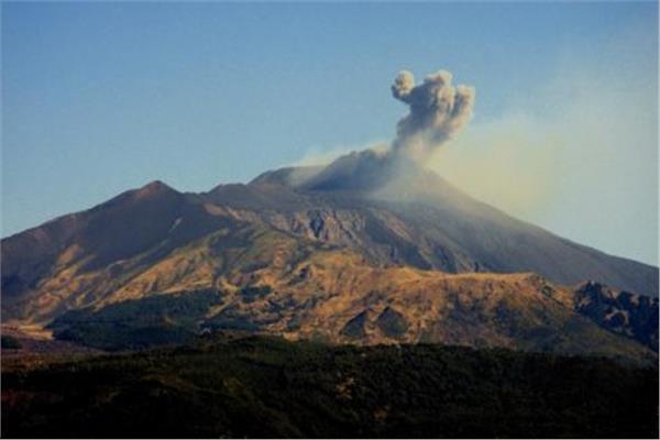تسارع النشاط البركاني