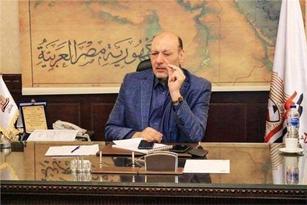 """الدكتور حسين أبو العطا رئيس حزب """"المصريين"""""""