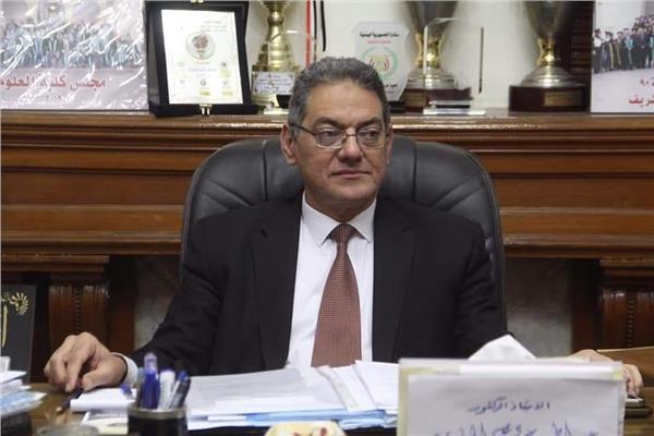 عميد علوم القاهرة