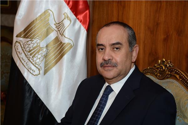 وزير الطيران المدني الطيار محمد منار