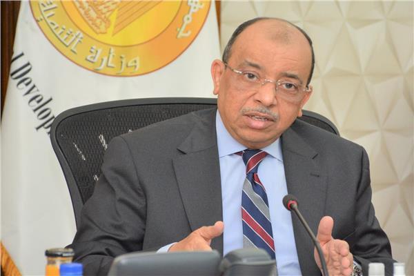 اللواء محمود شعراوي وزير التنمية المحلية،