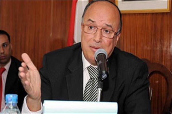 الدكتور محمود كارم