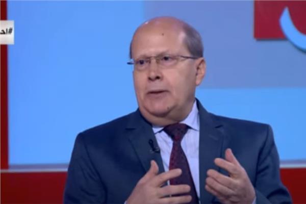الكاتب الصحفي عبدالحليم قنديل
