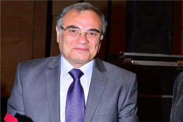 الدكتور محمد صدقيرئيس قسم الصدر بجامعة الأزهر