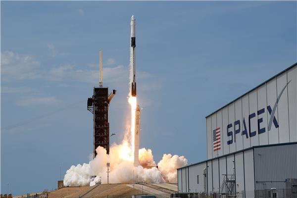 شركة سبيس إكس بمحطة الفضاء الدولية