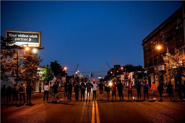 صورة لنشطاء تابعين للحركة
