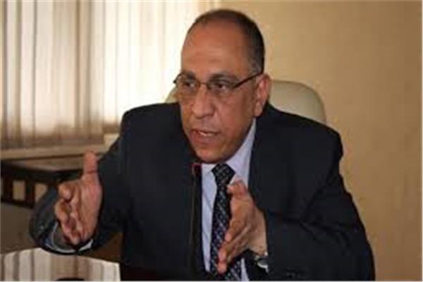 الدكتور طارق توفيق نائب وزير الصحة والسكان لشؤن الأسرة