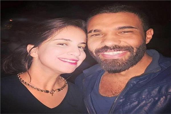 محمد عبدالعال مادو وزوجته