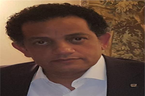 الكاتب مصطفى جمعة