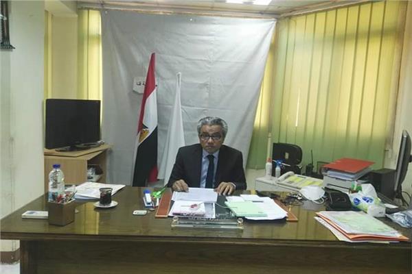 الدكتور راجي تواضروس وكيل وزارة الصحة بقنا