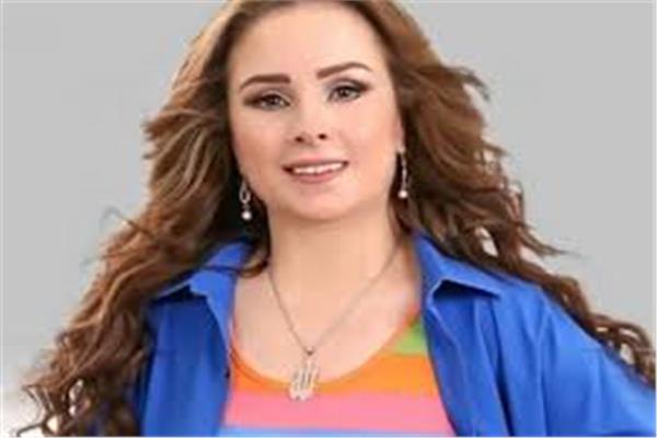 الفنانة حنان شوقي