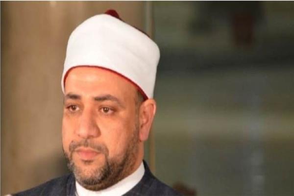 الدكتور أيمن أبو عمر