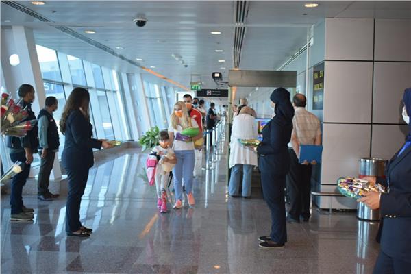 مطار الغردقة يستقبل السياح
