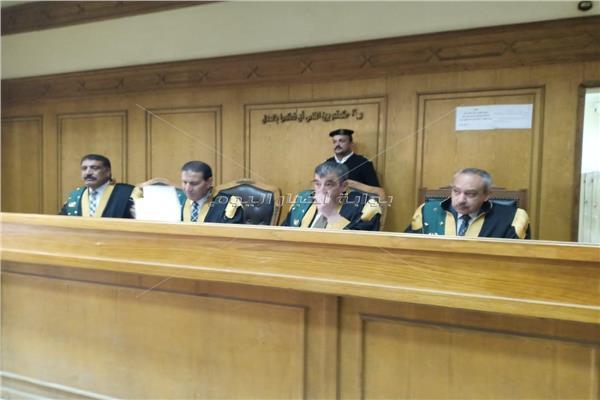 هيئة المحكمة برئاسة المستشار عبد الظاهر الجرف