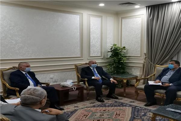 هشام توفيق وزير قطاع الأعمال العام، والفريق كامل الوزير وزير النقل