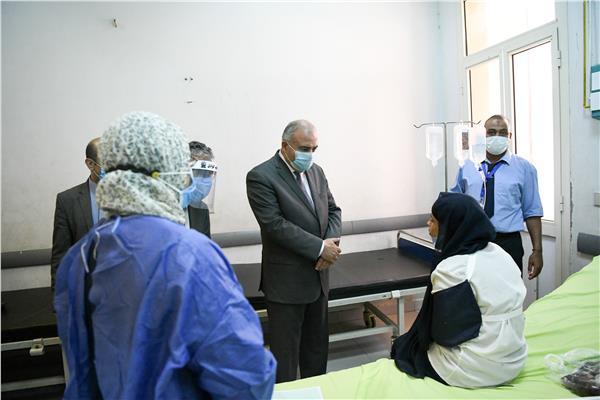 تأجيل الامتحان وصرف إعانات عاجلة لطالبات ثانوية عامة