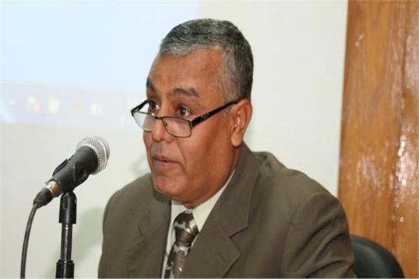 الدكتور يوسف غرباوي