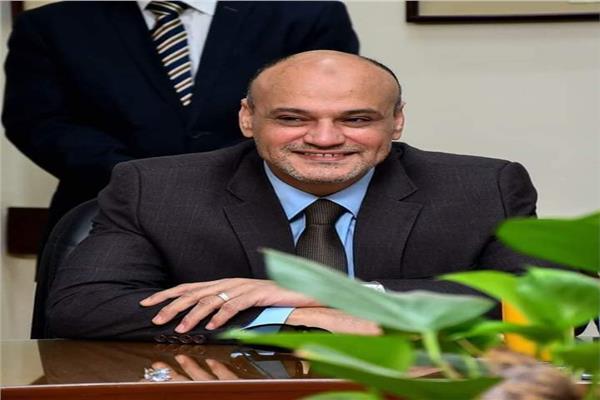 الكاتب الصحفي خالد ميرى، رئيس تحرير جريدة الأخبار
