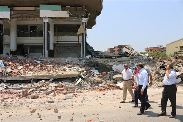 محافظ المنوفية : إستمرار أعمال إزالة التعديات الصارخة على طريق شبين الكوم قويسنا