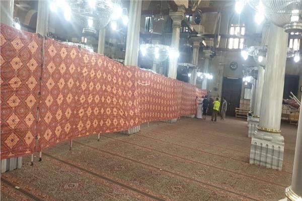 """""""الأوقاف"""" تؤسس حرم آمن حول ضريح الحسين لمنع التزاحم داخل المسجد"""