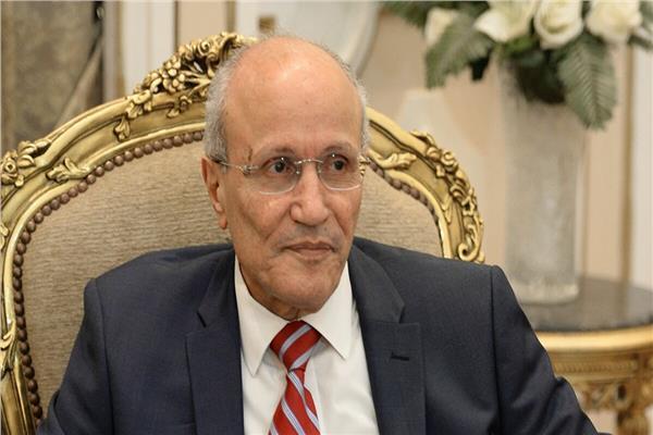 الفريق محمد العصار، وزير الإنتاج الحربي