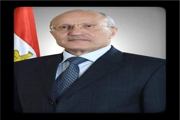 الفريق محمد العصار وزير الدولة للانتاج الحربي