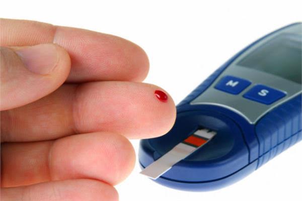 جراح أوعية دموية يوضح أشهر العلل الجلدية لمريض السكري