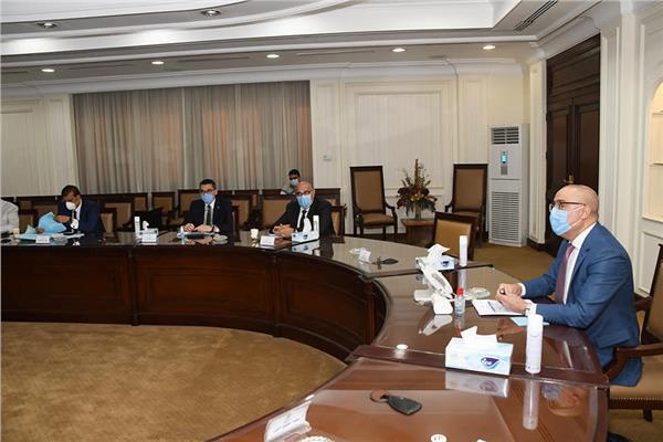 وزير الإسكان يتابع الموقف التنفيذي لمشروع تطوير منطقة «مثلث ماسبيرو»