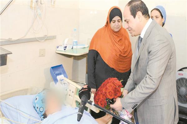 الرئيس السيسى يقدم باسم المجتمع الاعتذار لضحية التحرش فى ٢٠١٤