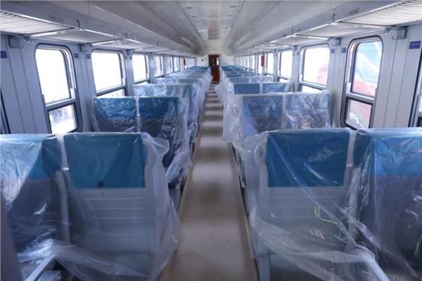 وصول دفعة جديدة من عربات ركاب القطارات الجديدة بإجمالي 10 عربات