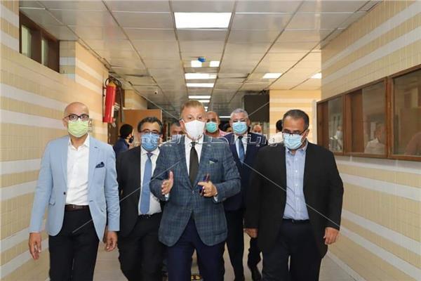 ا.د.محمود المتينى رئيس جامعه عين شمس