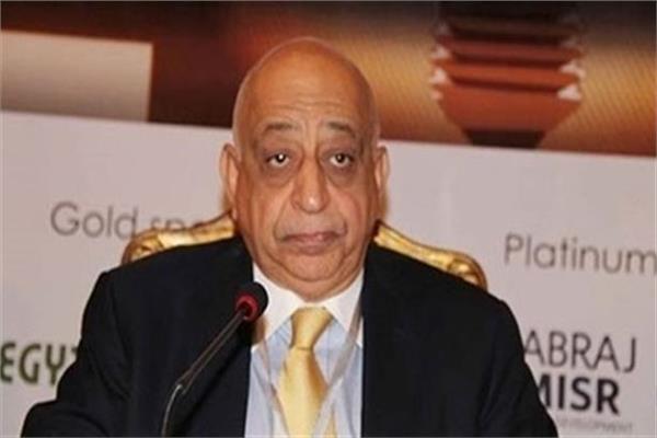 تامر أبو بكر رئيس غرفة البترول باتحاد الصناعات