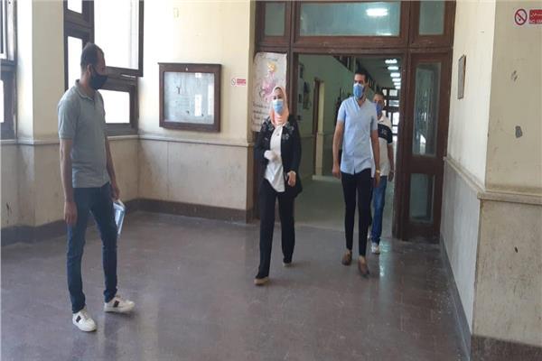 عميد كلية الألسن بجامعة عين شمس