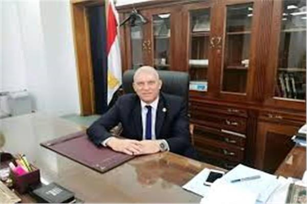 حازم فاروق، رئيس جمعية 6 أكتوبر المسئولة عن شاطئ النخيل