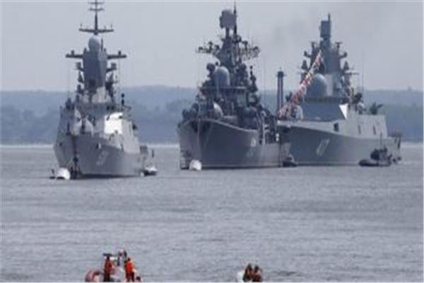 جانب من أسطول ميخائيل نيناشيف الروسي