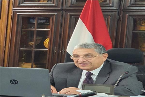 الدكتور محمد شاكر وزير الكهرباء