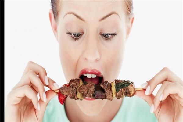 الصحة العالمية تحذر من تناول اللحوم بكثرة