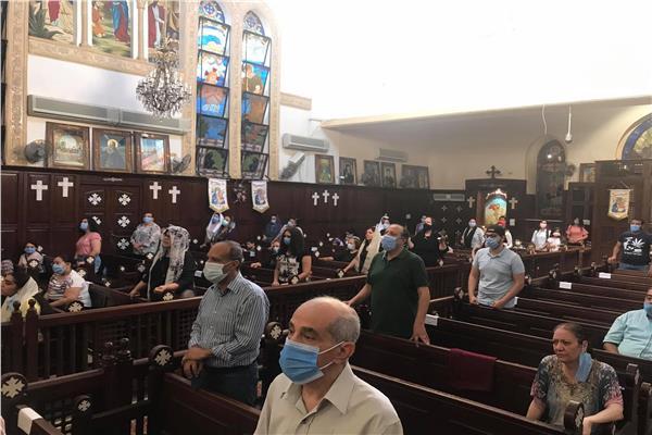 اول قداس فى كنائس القاهرة